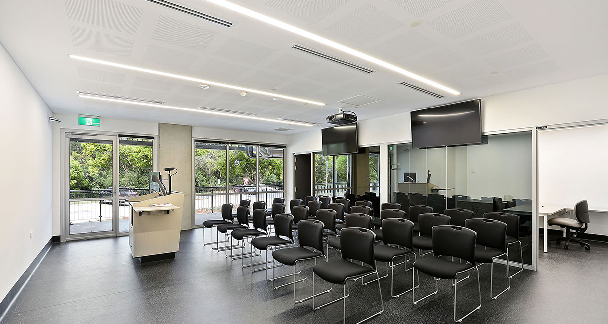 Industralight-LED-Lighting-UWS-Conference-Room-3