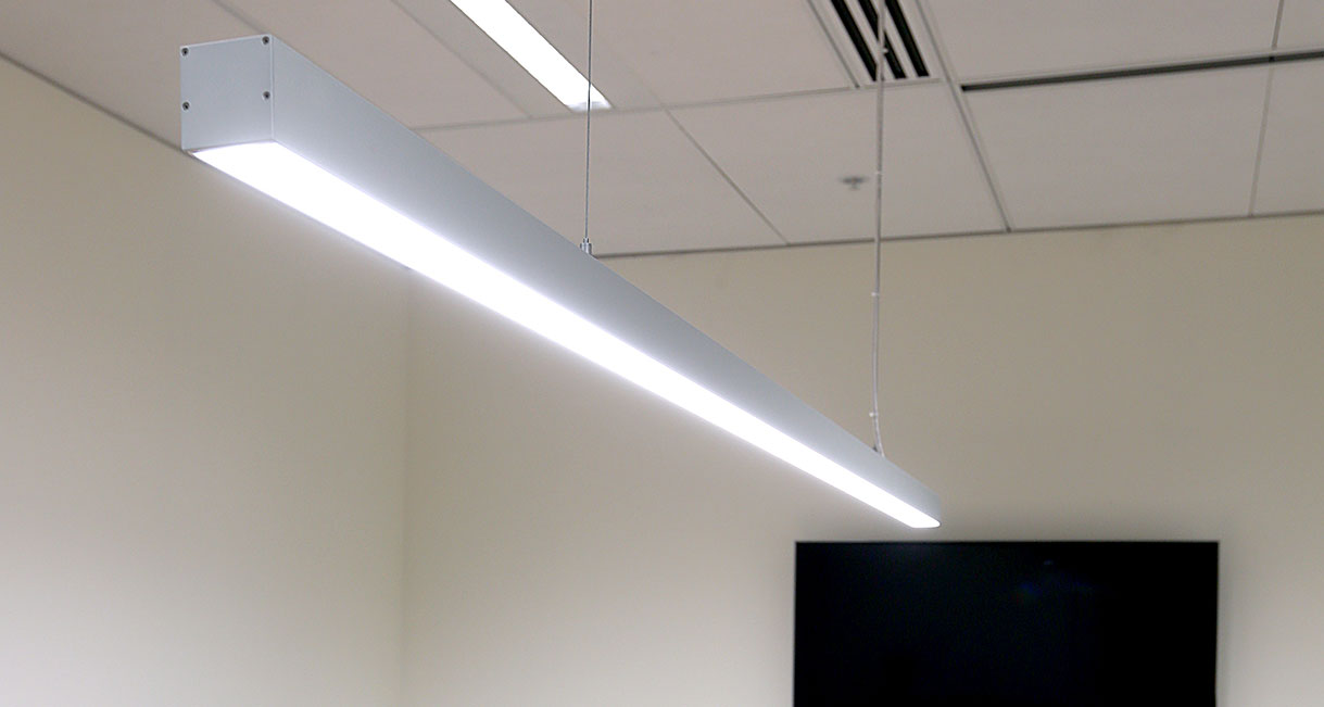 Lussio-Linear-LED-Lighting-Guild-Insurance-139A4018