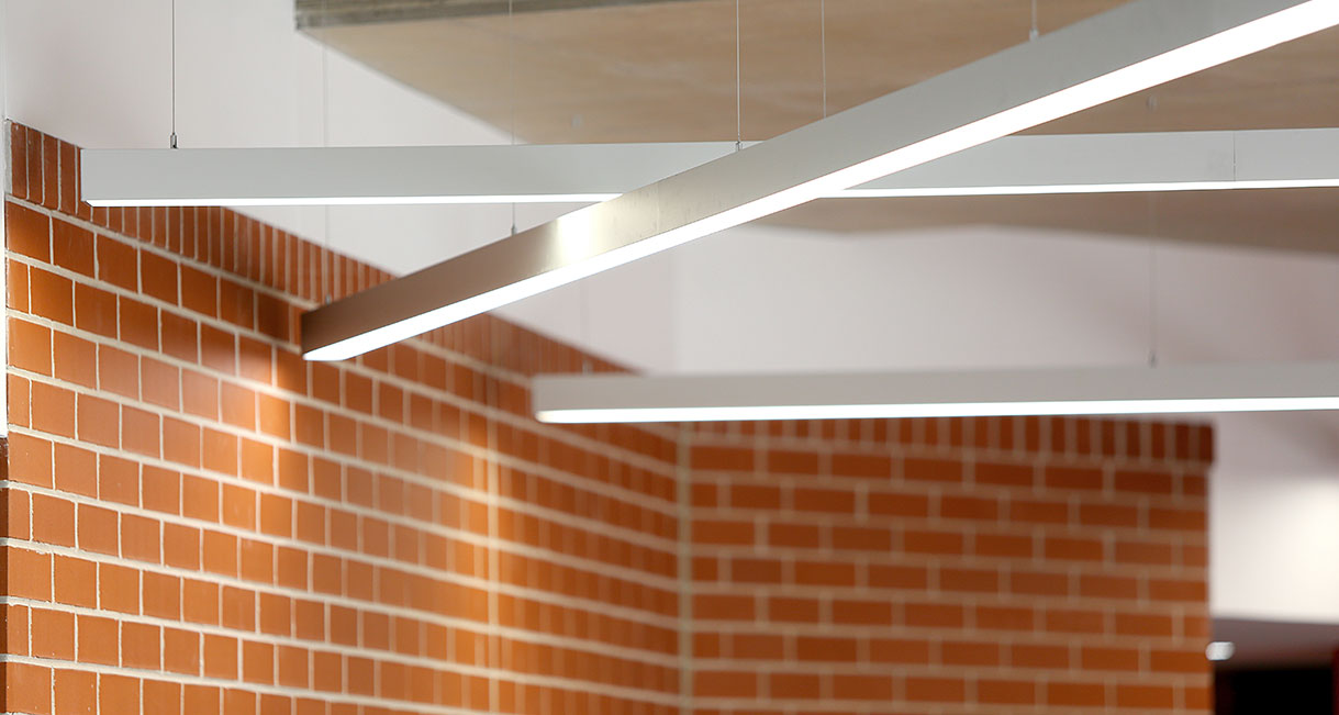 Lussio-Linear-LED-Lighting-UWS-Profiles-139A0078